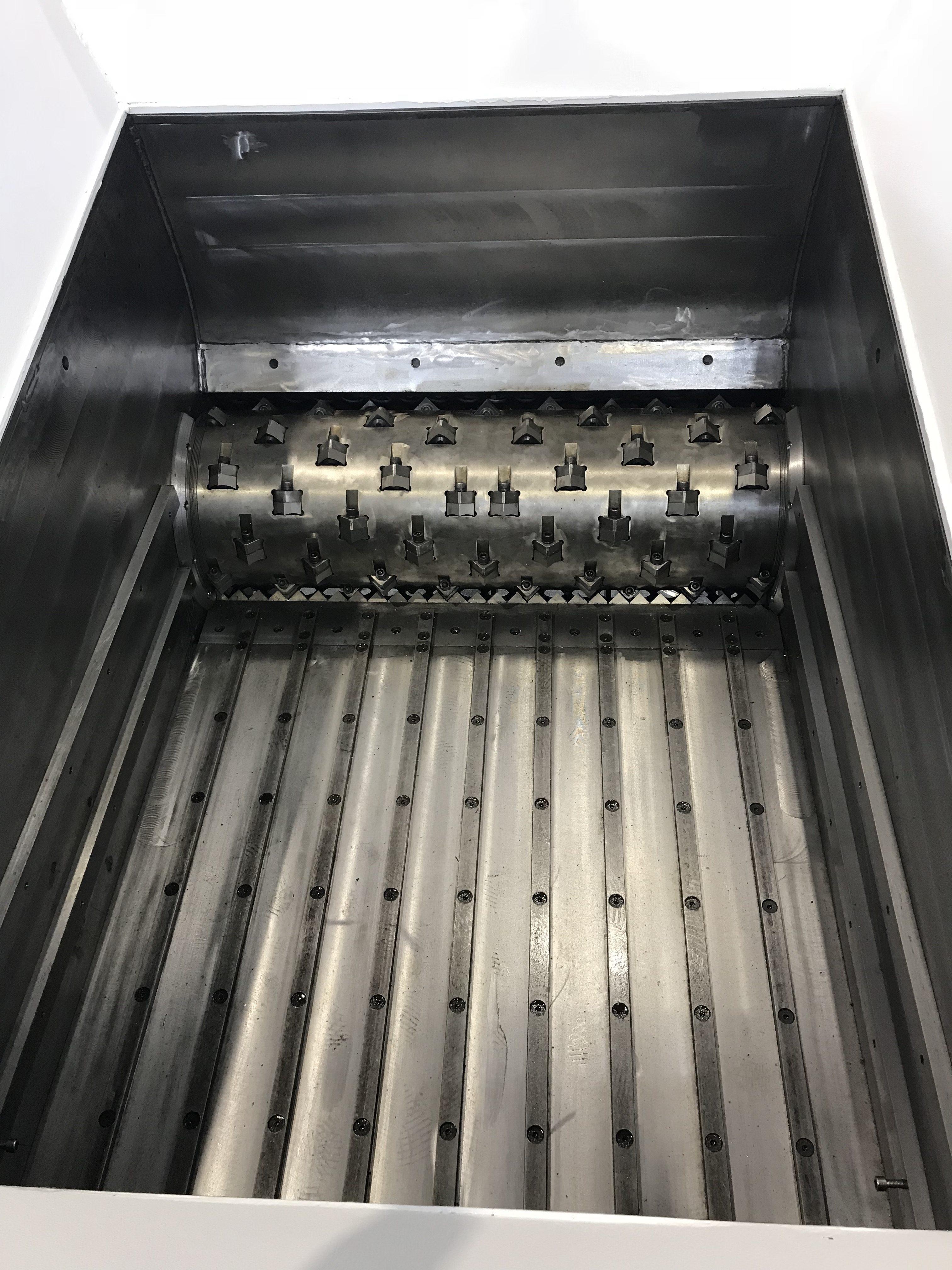 Inside of a Single Shaft Shredder